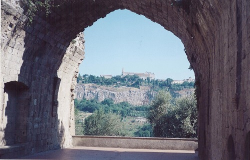 A view of Orvieto from the ruins on the grounds of La Badia.