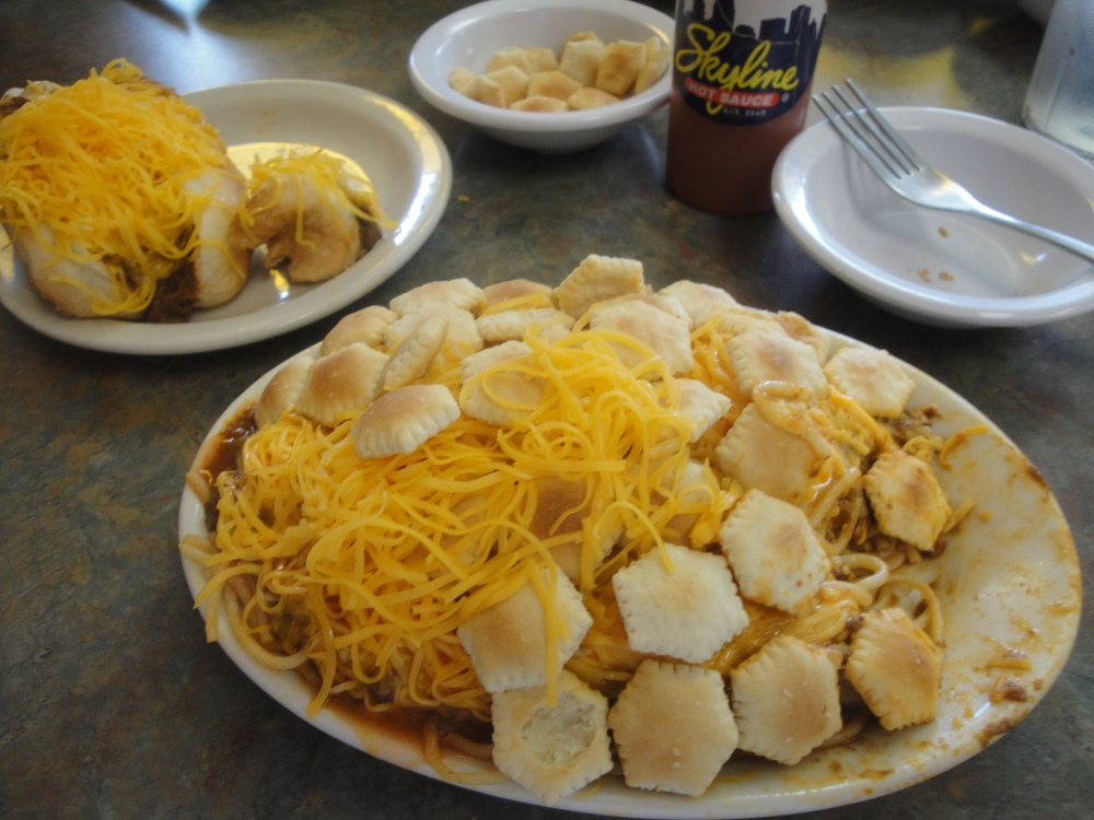 The Right Way To Eat Skyline Chili (3/4)