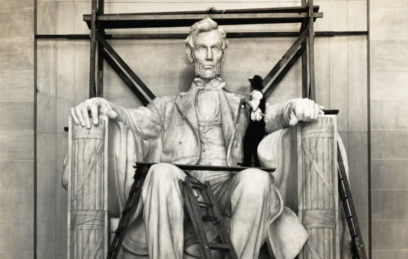 Man Working on Lincoln Monument Highlights its Size