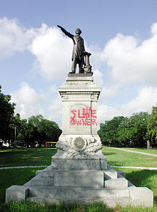220px-jefferson_davis2c_slave_owner