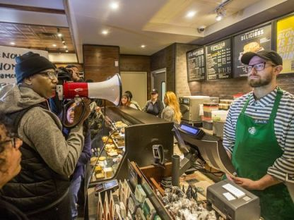 636594703395517817-ap-starbucks-black-men-arrested-1