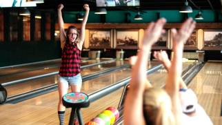 635667958347229965-bowling
